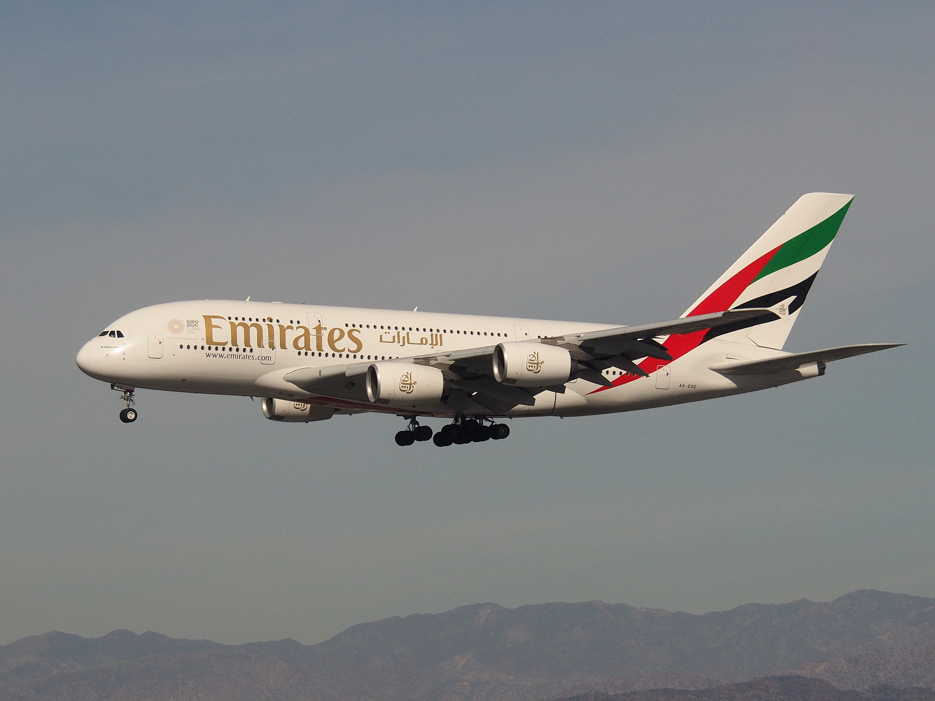 Emirates A380 on short final for LAX